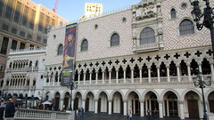 "Nevada - Las Vegas: The VENETIAN - perfect replica of the Venezian Gothic stile facade of  ""Doge's Palace"" /  Palazzo Ducale"