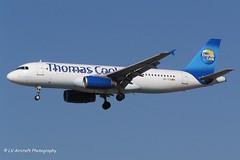 OO-TCB_A320_Thomas Cook_-