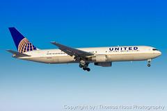 United Airlines, N663UA