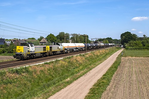 Lineas 7786 & 7866 | trein 44621 | Heukelom | 26-05-2020