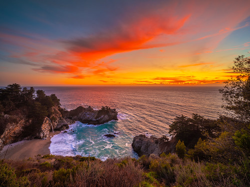Big Sur Sunset McWay Falls Julia Pfeiffer State Beach California Central Coast! Ocean Art Seascape Elliot McGucken Fuji GFX 100 Medium Format American West 45EPIC 45SURF dx4/dt=ic GFX Venus Laowa 17mm f/1.8 Wide Angle Lens