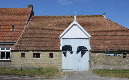 Terschelling: Landerum, horse stable barn