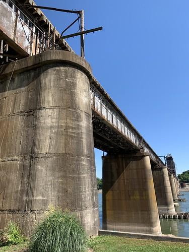 Tennessee River Tenbridge