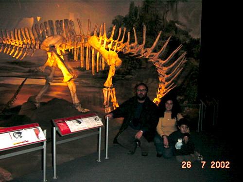 358 Tre esquelets 04