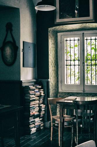 libri ovunque (ristorante Buonvento - Sulmona)