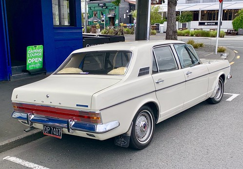Possibly the best MKIV Ford Zodiac in New Zealand?