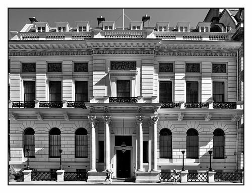 Oxford & Cambridge Club elevation