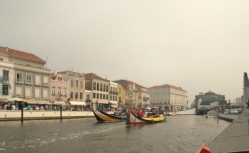 Barcas en los canales de Aveiro (Portugal)