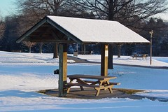 Picnic table at New Market rest area northbound