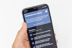 Die deutsche Corona-App mit Ansteckungsrisiko-Warnsystem und Verhalten-Richtlinien