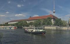 2018-08-12 DE Berlin-Mitte, Spree, Rolandufer, Berliner Fernsehturm, Jimmy B4066, Europa 05609340