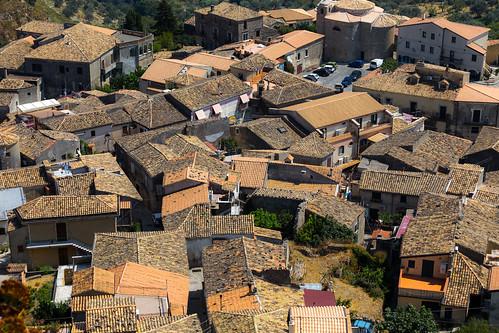 Gerace Borgo maggiore_1235.jpg
