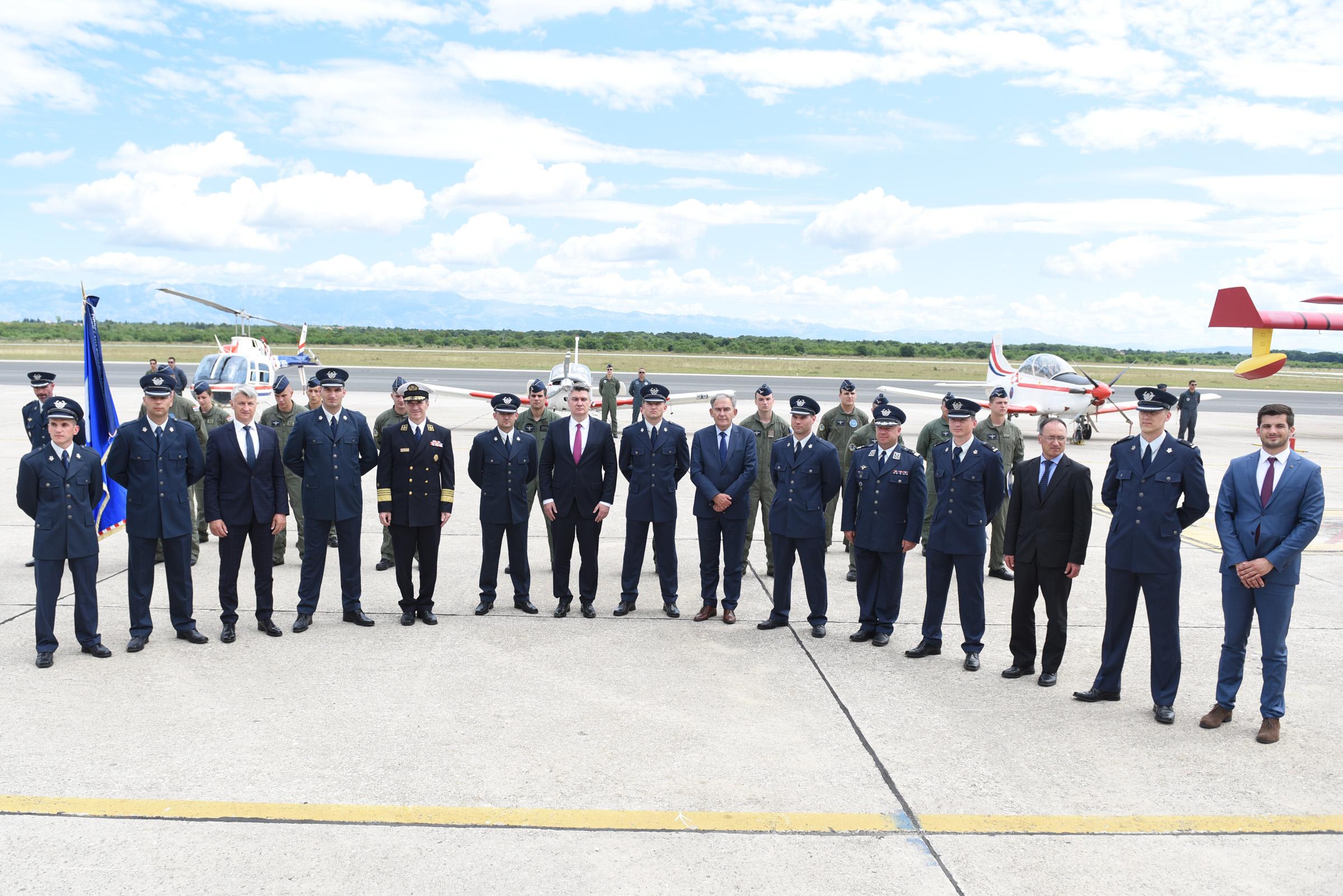 U Zemuniku dodijeljen letački znak pilota HRZ-a polaznicima 24. naraštaja vojnih pilota