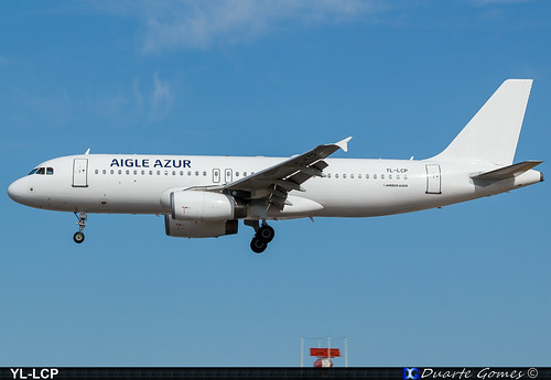 Airbus A320-232 YL-LCP