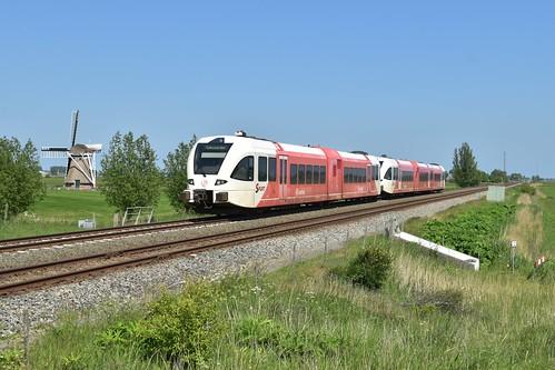 🇳🇱 Arriva GTW 2/6 232 + GTW 2/8 349 te Visvliet