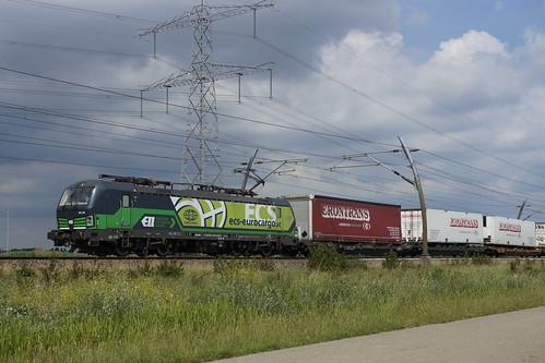 LTE 193 729-1 met Poznan Shuttle richting Meteren over de Betuweroute bij Angeren 20-06-2020