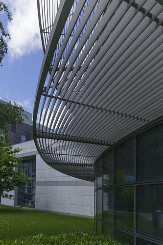 shading overhangs