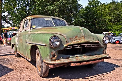 Dodge Kingsway Custom Sedan 1952 (9666)
