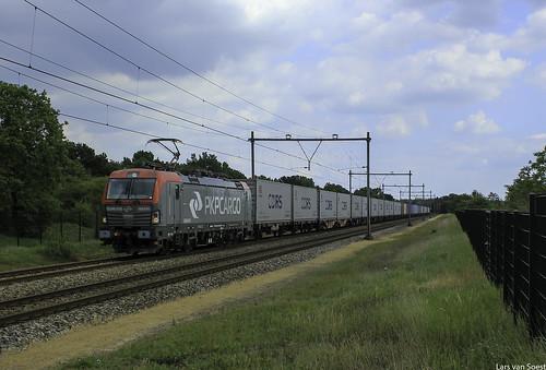 PKP 193 515 met Containertrein te Westervoort -20-06-2020