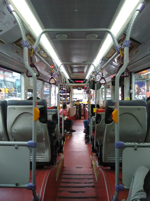 Taking a local bus back from Taipei Zoo (Taiwan)