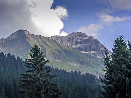 Juppenspitze und Mohnenfluh