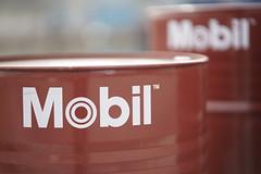 Mobil barrels