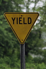 Yield Sign - Thin Letters