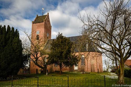 Garnwerd Kerk , begin 13e eeuw.