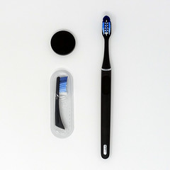 Oral-B Clic Toothbrush