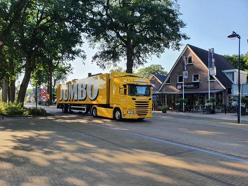 Scania R 410 Jumbo met kenteken 63-BJZ-9 in Westerbork 24-06-2020