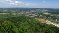 Ruine Hohenhewen Ausblick auf die Stadt Engen