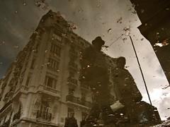 Streetlight Burst, People's Curiosity & Madrid's Architecture
