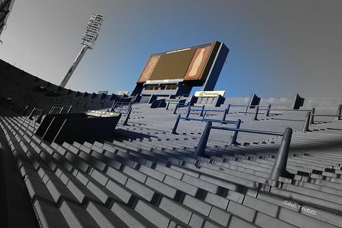 Tribuna vacía - Empty grandstand