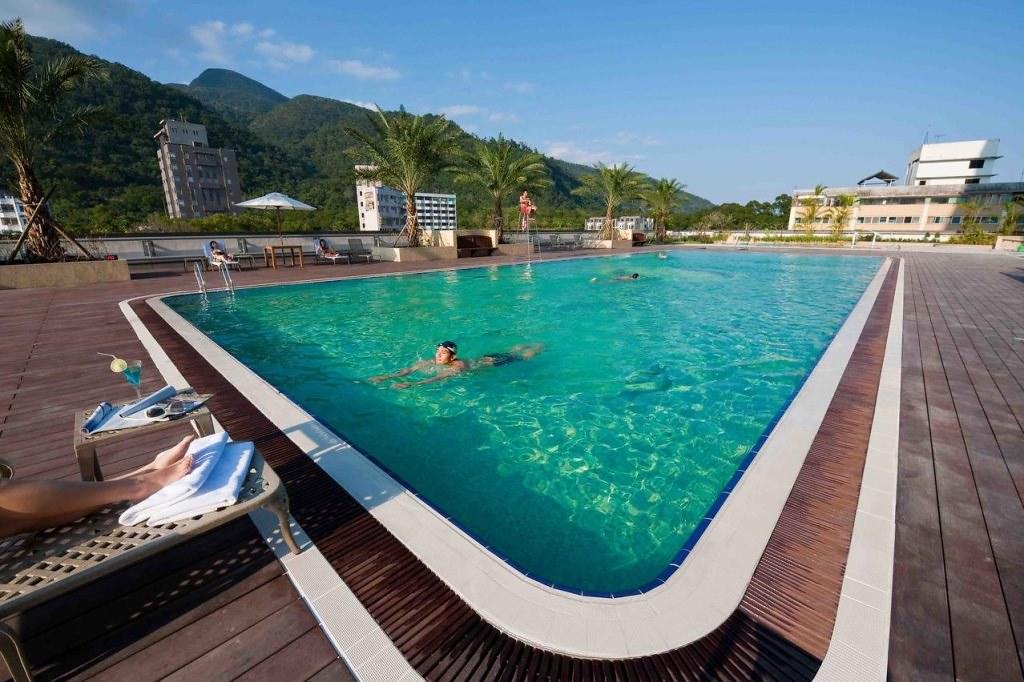 Evergreen Resort Hotel Jiaosi 4