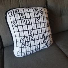Sudoku pillow (2)