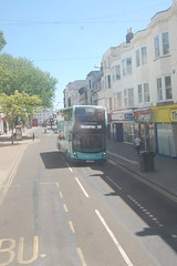 YX69 NWO (Route 5) at Western Road, Brighton