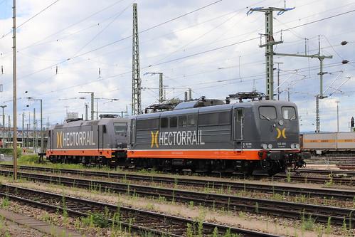 HectorRail 162.009 / 151 128-9 Fassbinder und 241.002 Skywalker, Weil am Rhein