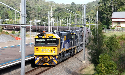 9012 & 9009 WORKING p.N. EMPTY COAL FROM ERARING POWER STATION - TERALBA 27th June 2020