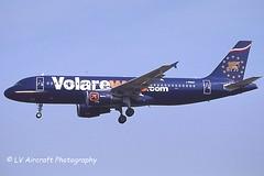 I-PEKP_A320_Volare Airlines_volareweb