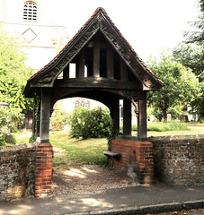 Church of Ss Mary & Lawrence - lychgate