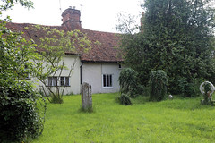 Church of Ss Mary & Lawrence - churchyard south with cottages