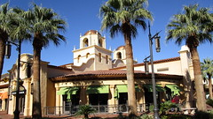 Nevada - Las Vegas: @ Town Square Park ->A place for shopping & recreation