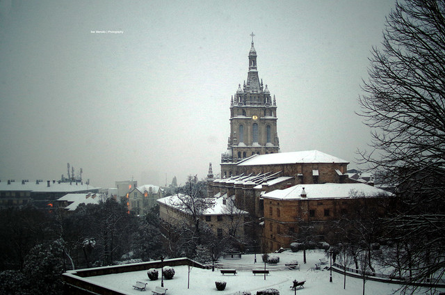 [old pic] Snowing in Bilbao