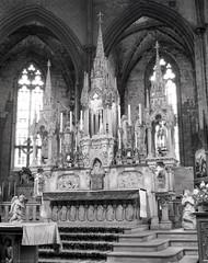 La cathédrale Saint-Maurice de Mirepoix. Mirepoix, Ariège. Speed Graphic, Graflex Optar 4,5. Ilford FP4+ 4x5 (ref:3)