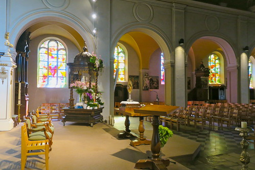Intérieur de l'église St-Donat