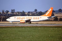 HB-IIE B737-300 EasyJet LTN 04-09-99