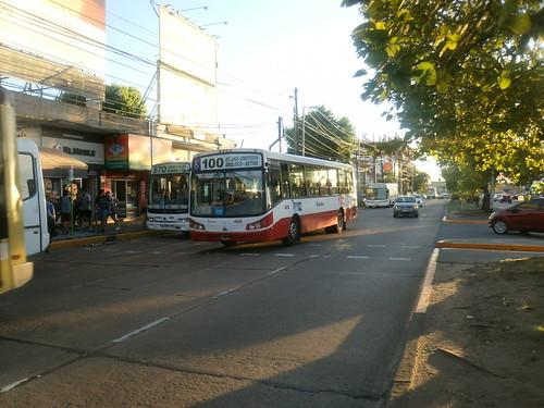 Linea 100 Interno 4838 - Linea 570 Interno 9680 ( Municipalidad de Avellaneda - Provincia de Buenos Aires )