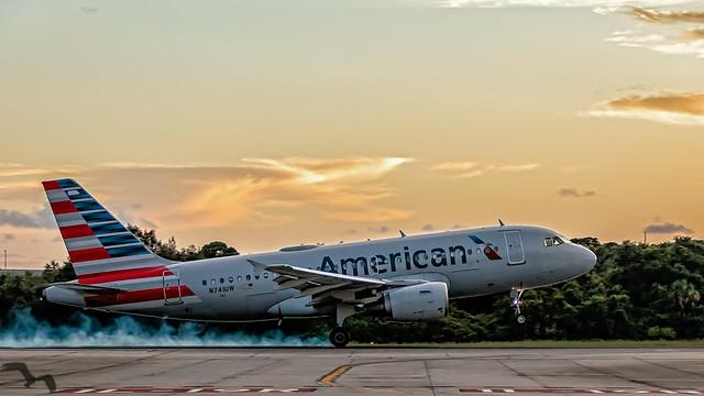 American A319 at TPA