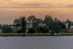 Vue sur Château Latour en fin de journée, Pauillac, France