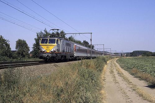 HLE 1602 + EC 46
